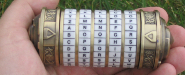 A cylinder with the word Boogr
